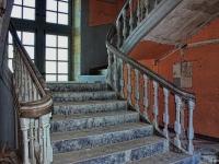 12 escalier central