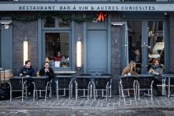 Restaurant, bar à vin & autres curiosités