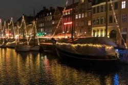 Reflets sur Nyhavn à Copenhague
