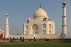 Taj Mahal_li