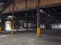 12 Hangars