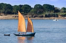 La-chaloupe-de-Séné-bateau-traditionnel-du-golf-du-Morbihan-